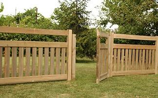 Recinzioni in legno a roma modello hill - Recinzioni giardino fai da te ...
